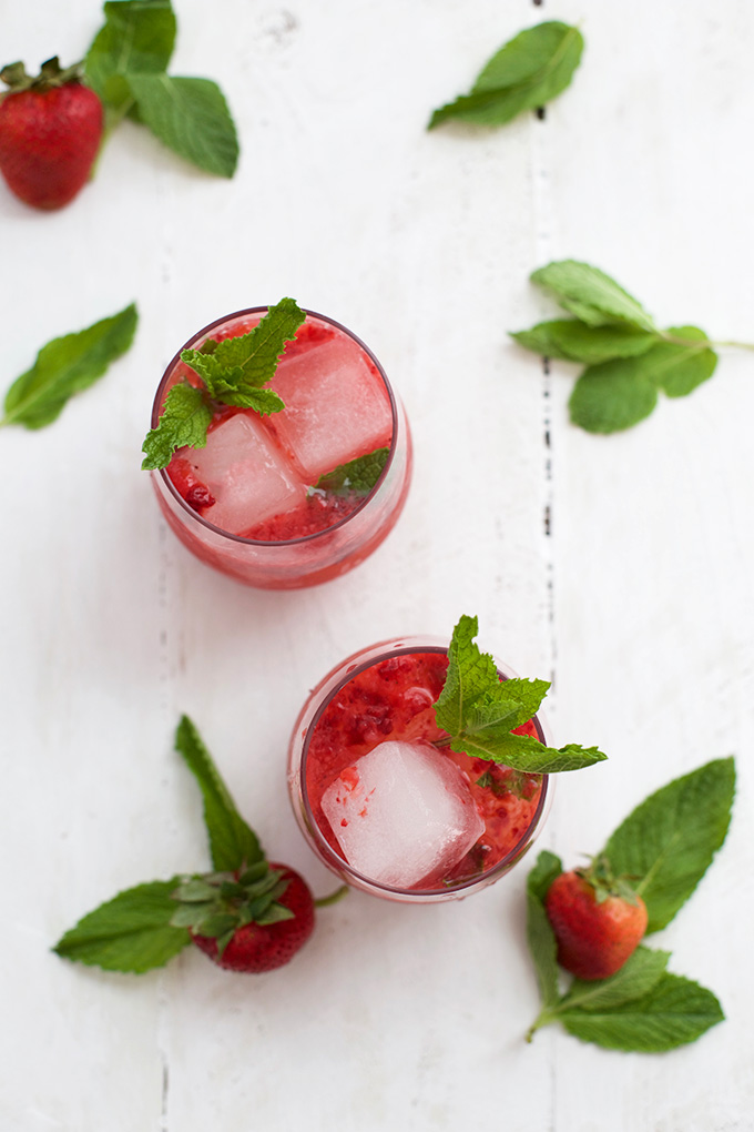Strawberry Mint Julep Mocktails - our favorite drinks for Derby Day