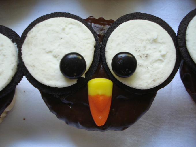 Owl Cupcakes // One Lovely Life