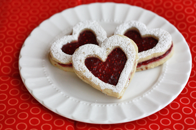 Raspberry Hazelnut Linzer Cookies // One Lovely Life