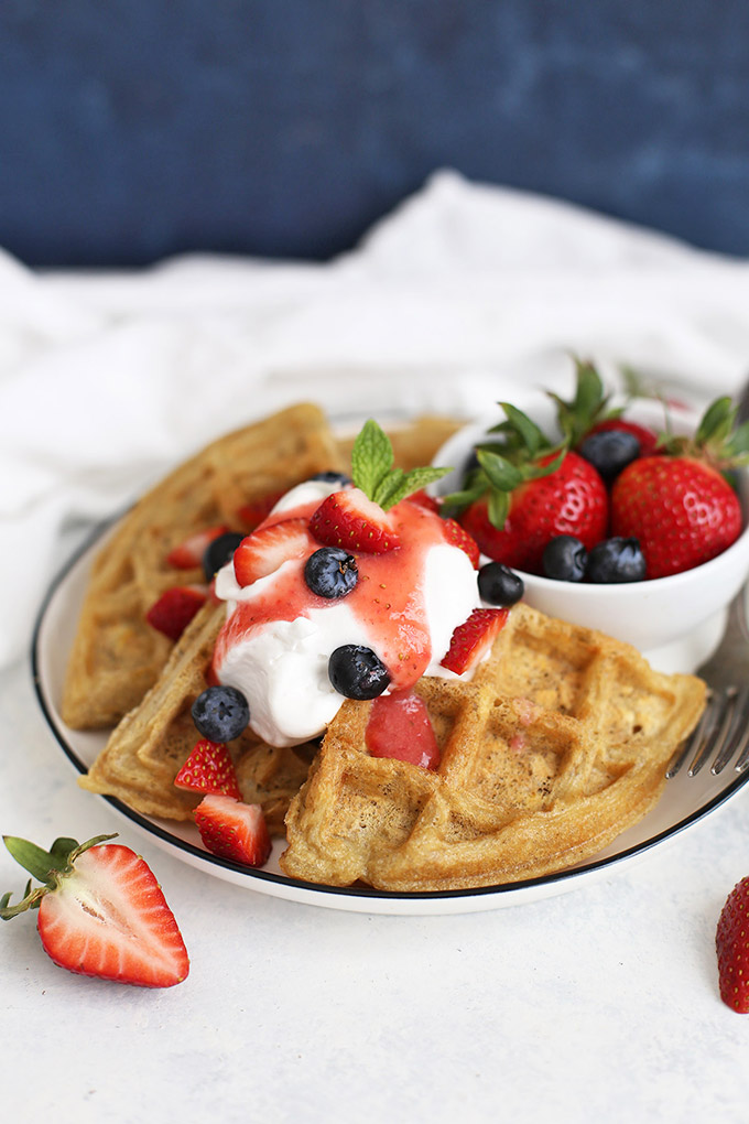 Easy Overnight Oatmeal Waffles (Gluten Free & Dairy Free) - Mix up the batter the night before and you'll have waffles in no time!