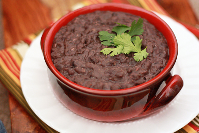 These Slow Cooker Refried Beans couldn't be easier. (Gluten free & Vegan) from www.onelovelylife.com