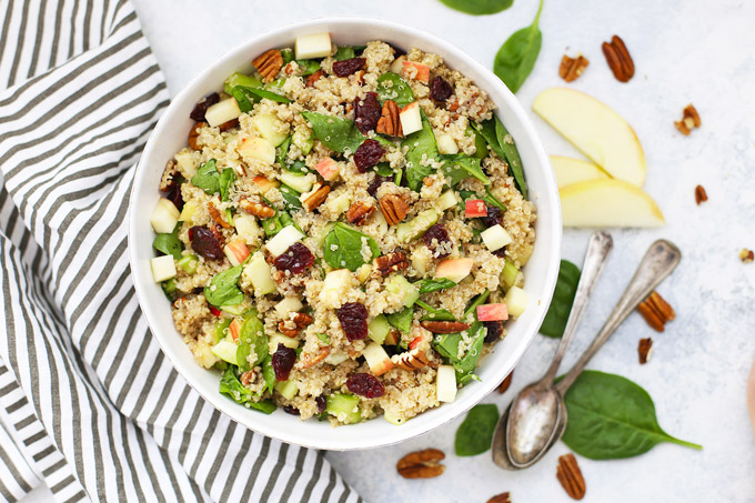 POWERHOUSE Quinoa Salad - This superfood salad makes the perfect lunch or light dinner. Perfect for meal prep! (Gluten free & vegan)