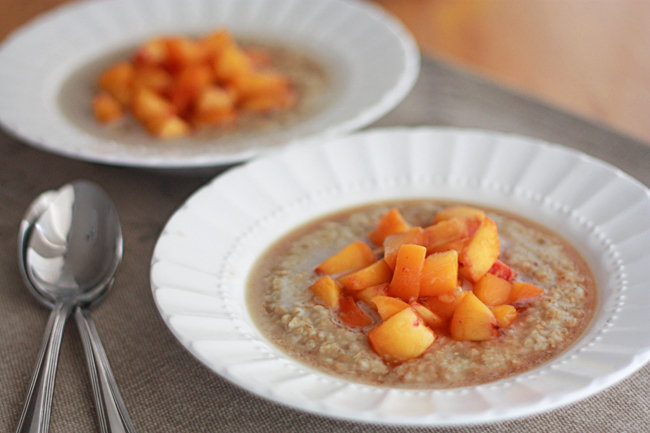 Creamy Oats with Fresh Peaches (GF, Vegan) // One Lovely Life