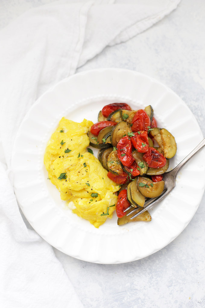 Simply Roasted Zucchini and Tomatoes - The PERFECT side to my morning eggs! So many more ways to use the in this post.