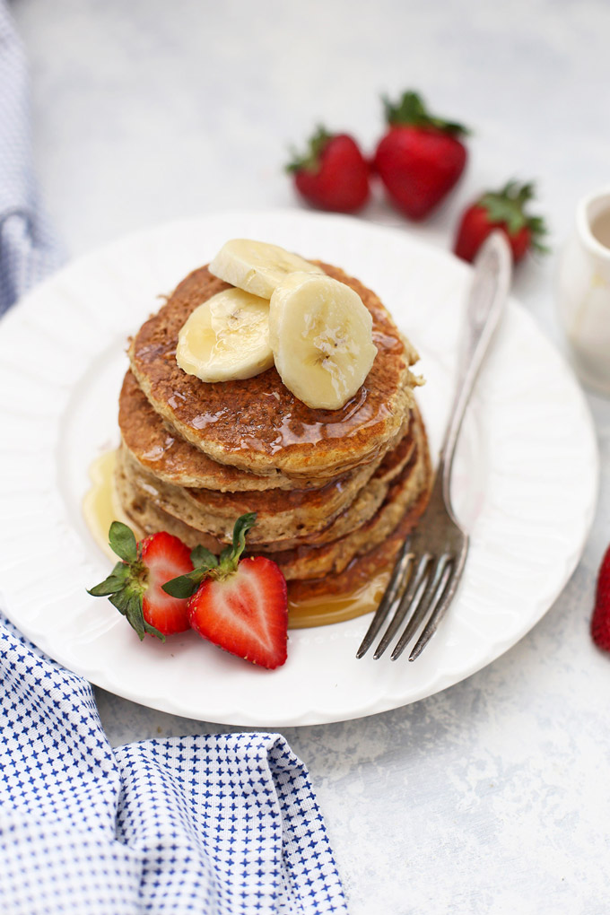 The BEST Banana Oatmeal Pancakes - We love how soft and fluffy these are!