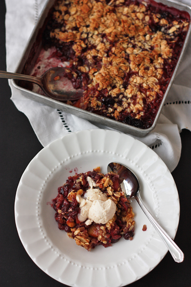 Peach Berry Crisp (GF, Vegan) // One Lovely Life