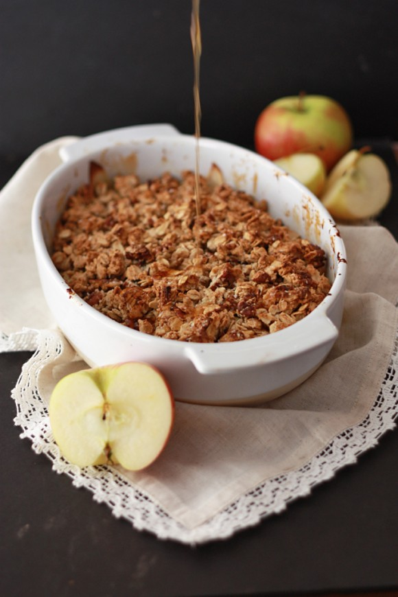 Cider Caramel Apple Crisp (GF, Vegan) // One Lovely Life
