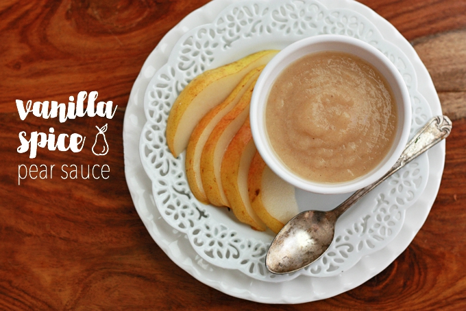 Stir this vanilla spice pear sauce into a warm bowl of oatmeal. It's incredible! (Vegan, Paleo) from www.onelovelylife.com