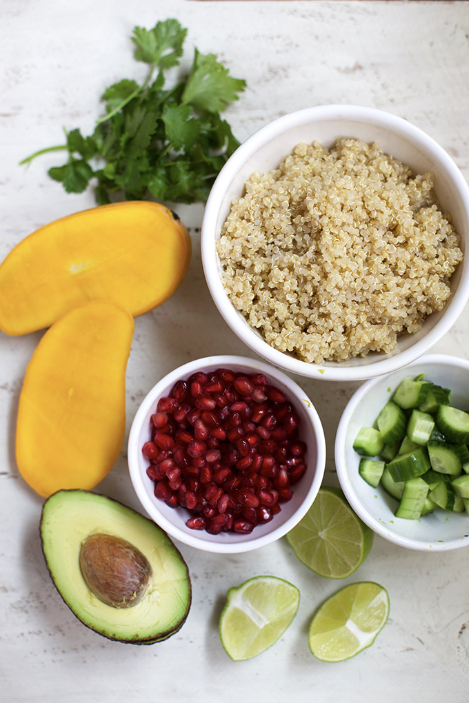 This Mango Avocado Quinoa Salad is delicious and SO easy to put together. Check out the video in the post!