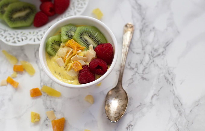 Mango Chia Bowls with Tropical Crunch Mix - The perfect sunny recipe to fight the winter blues!
