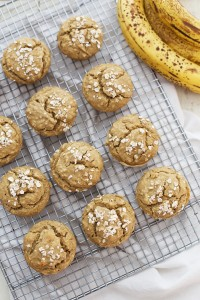 The perfect gluten free banana muffin. It's light, fluffy, and uses natural sweetener!