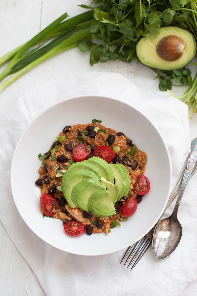 Enchilada Quinoa Bowls - So flavorful, quick, and delicious.