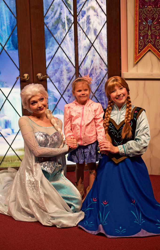 Five Fact Friday - Elsa and Anna!!!