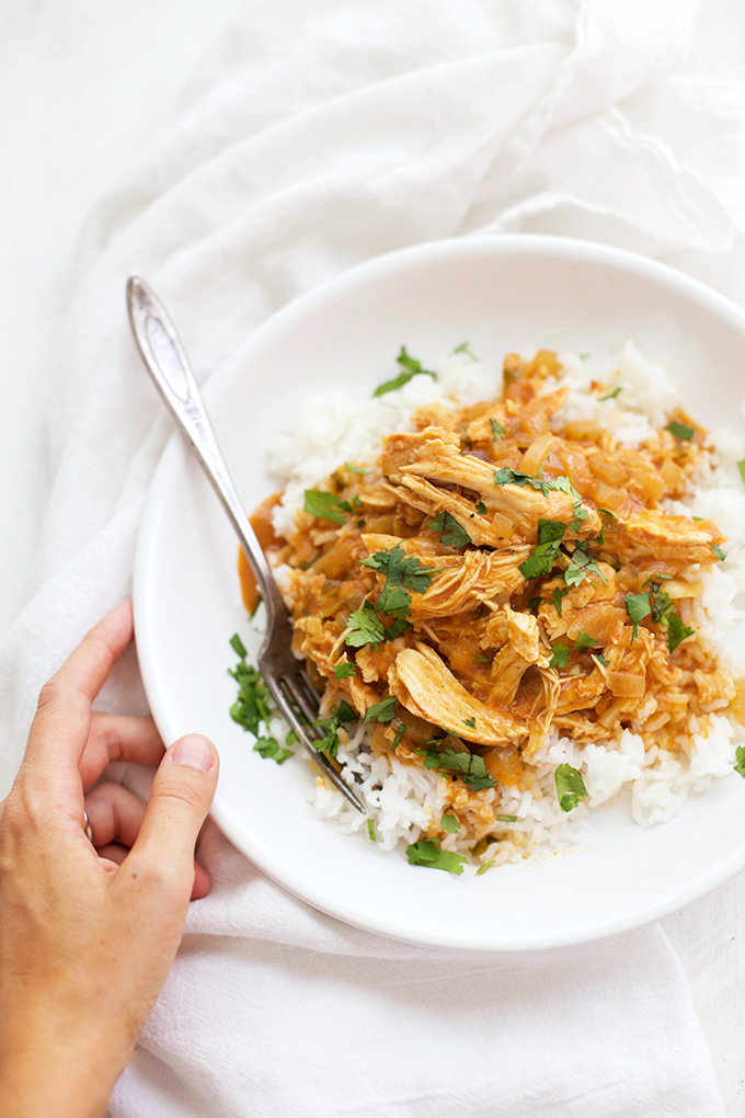 Comfort is calling! Tuck into a bowl of this Slow Cooker Chicken Tikka Masala.