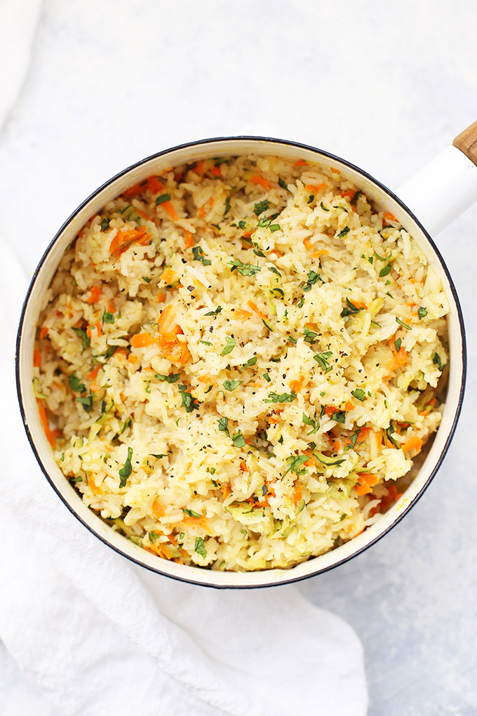 Easy, beautiful Veggie Rice Pilaf - Vegetable rice pilaf is such an easy, delicious side dish! (Gluten free, vegan)