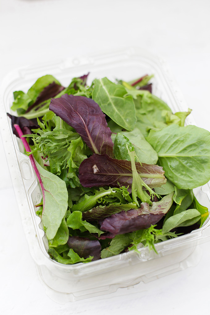 We love adding greens to our lunches. This Spring Mix from Earthbound Farms is one of our favorites!