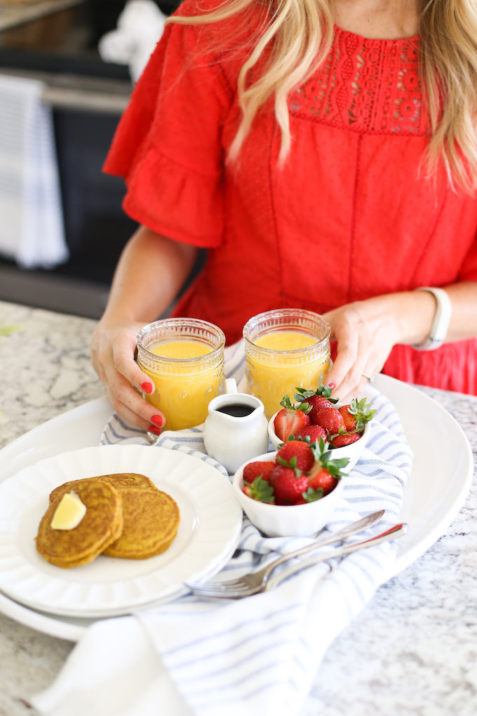 Blender Pumpkin Oatmeal Pancakes from One Lovely Life
