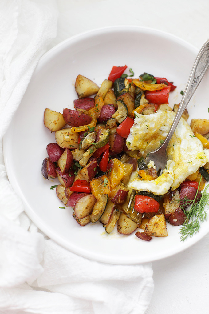 "Oven Roasted ""Skillet"" Potatoes. Everything you love about breakfast potatoes with none of the work! A delicious Whole30 breakfast."