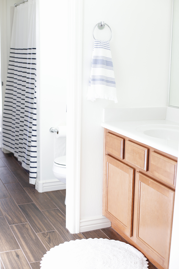 House Tour: our Jack and Jill Bathroom. Perfect for a shared boy and girl space!