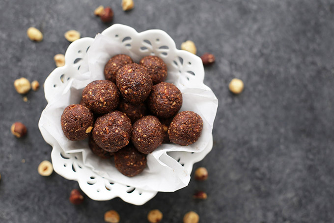 Nutella Energy Bites - All the flavor of Nutella but made from healthy ingredients!