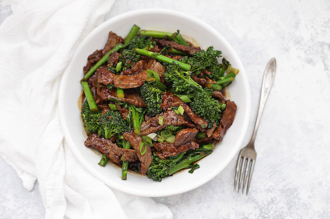 Healthy Beef and Broccoli is a fast, easy dinner idea you'll all LOVE. Plus, it's gluten free, paleo, and Whole30 approved!