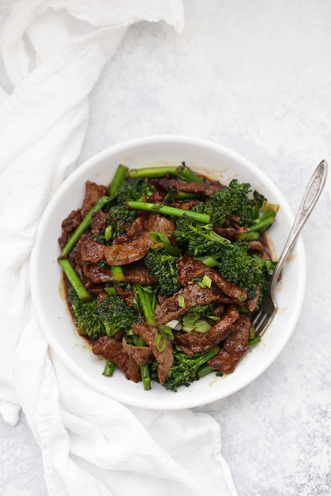 Paleo and Whole30 Beef and Broccoli. This healthy dinner doesn't take long to prepare and the whole family will love it!