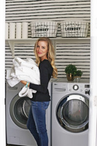 Laundry Room Organization (and a Makeover!)