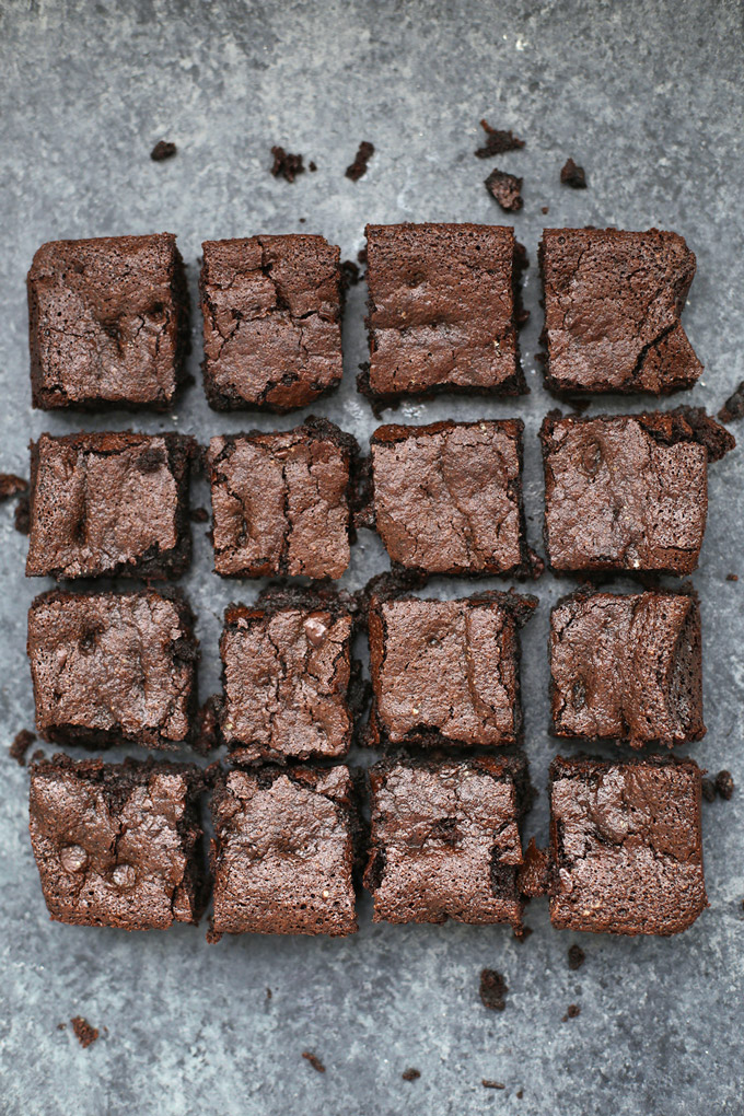 The BEST Gluten Free (& Paleo!) Brownies. These are so fudgy and amazing.