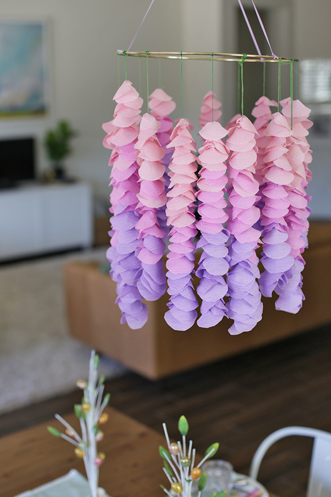 How to Make Paper Wisteria - This is so pretty! The perfect spring decoration or nursery mobile!