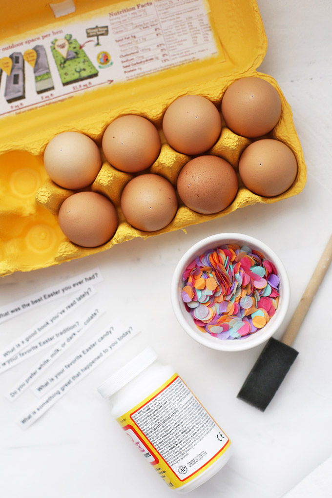 Everything you need to make Confetti Easter Eggs (with @happyeggcousa eggs!) These make the perfect Easter centerpiece!