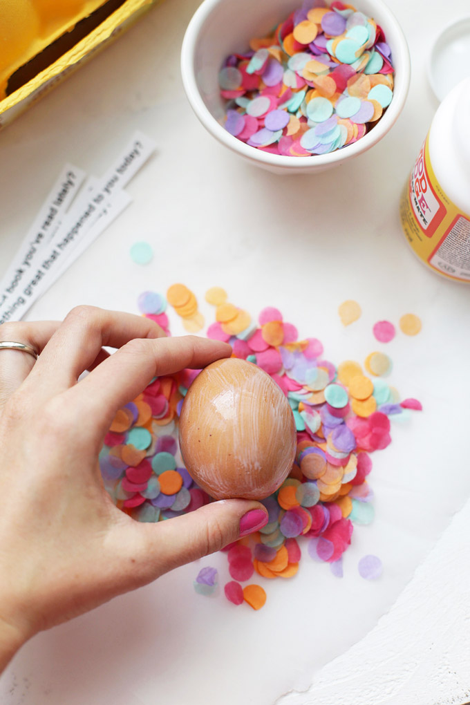 Confetti Conversation Starter Eggs - This adorable Easter centerpiece comes with a surprise inside!