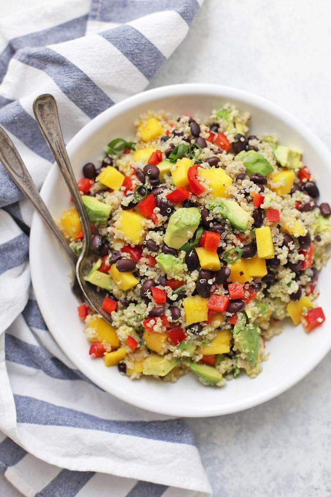 Love this Confetti Quinoa Salad - It's perfect for potlucks, picnics, and barbecues!