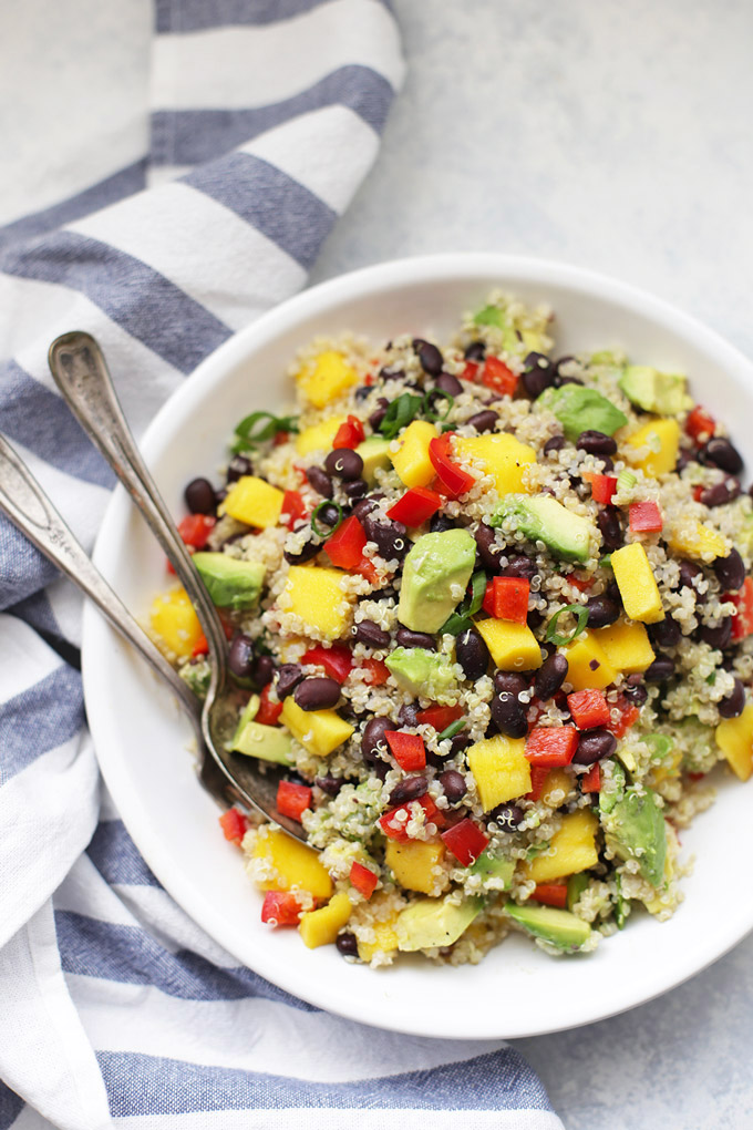 Confetti Quinoa Salad - This gluten free, vegan salad is so fresh and flavorful!