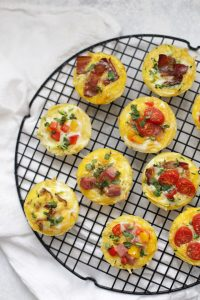 Mini Quiche with Hash Brown Crust - These are the perfect gluten free meal prep or brunch recipe!