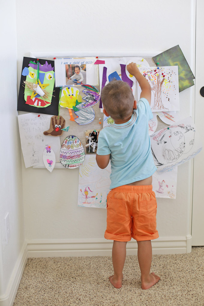 A pinboard is the perfect place to show off art projects, pictures, school work and more!