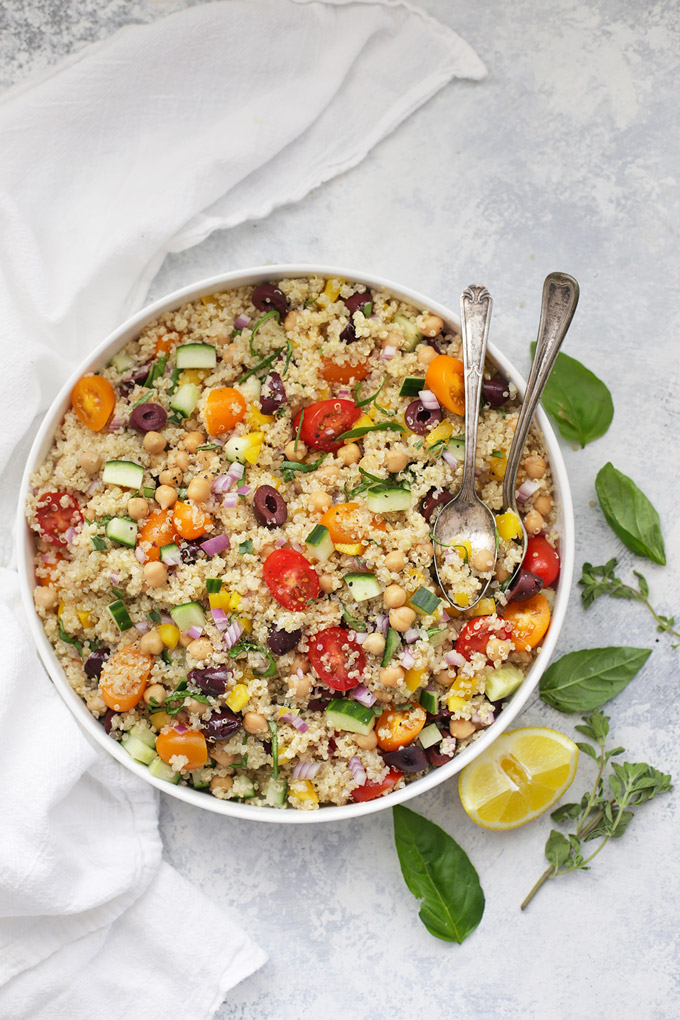 My Big Fat Greek Quinoa Salad - Loaded with bright colors and fresh flavors, this is the perfect gluten free, vegan meal!