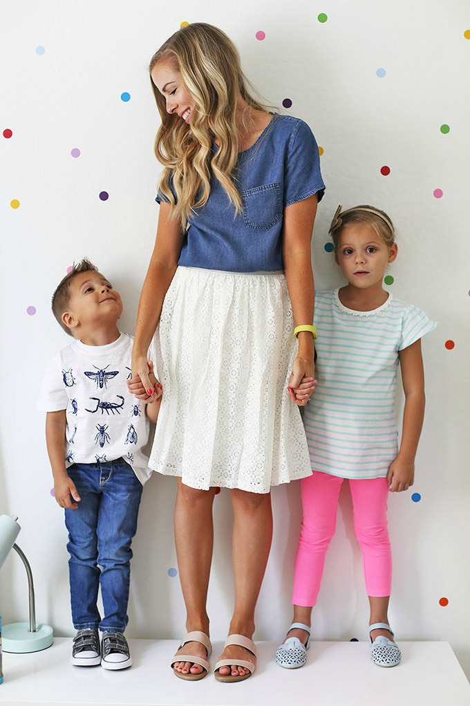 Back to School Outfits with @kohls! Spilling all our secrets for putting together capsule wardrobes for kids!