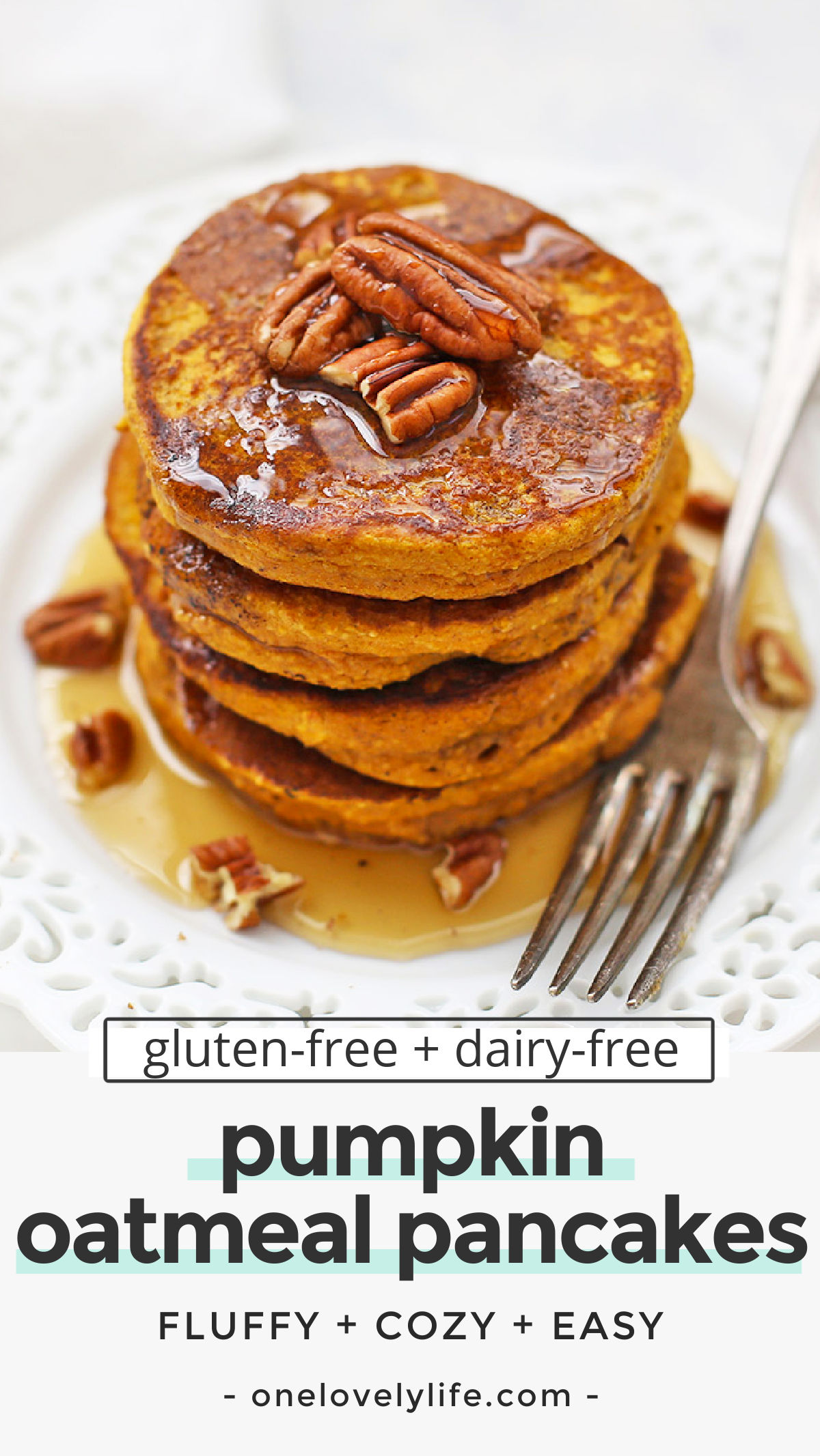 Blender Pumpkin Oatmeal Pancakes - These healthy pumpkin pancakes are gluten & dairy free. SO EASY, since they're made in the blender! It's the BEST pumpkin pancakes recipe! // blender pancakes // pumpkin pancakes // pumpkin oatmeal pancakes // gluten free pumpkin pancakes #glutenfree #dairyfree #pancakes #pumpkin #blenderpancakes #pumpkinpancakes #oatmealpancakes
