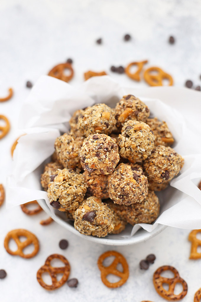 Sweet and Salty Peanut Butter Pretzel Bites - These little energy bites blur the lines between snack and treat. (Gluten free, dairy free)