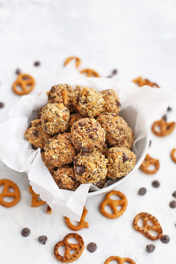 Sweet & Salty Peanut Butter Pretzel Energy Bites - So great for a snack or small treat! (Gluten free, dairy free)