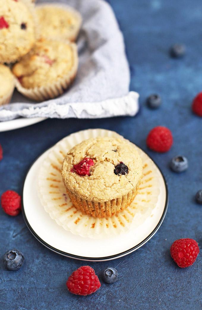 Gluten Free & Vegan Lemon Berry Oatmeal Muffins - these are amazing!