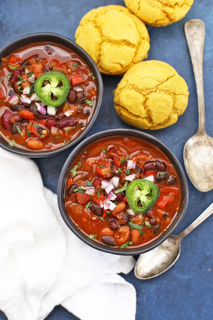 Instant Pot or Slow Cooker Vegan Chipotle Black Bean Chili - The BEST vegan or vegetarian chili I've ever had! (Gluten free)