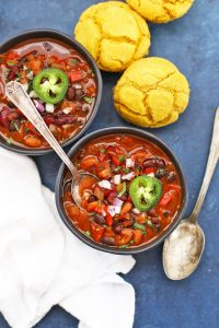 Instant Pot or Slow Cooker Vegan Chipotle Black Bean Chili