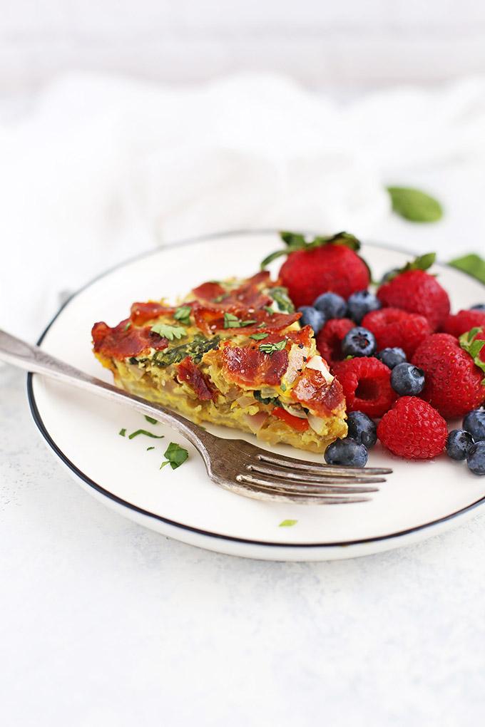 Green Chile Frittata - DELICIOUS meal prep breakfast or brunch idea! (Gluten Free, Whole30, Paleo Friendly)