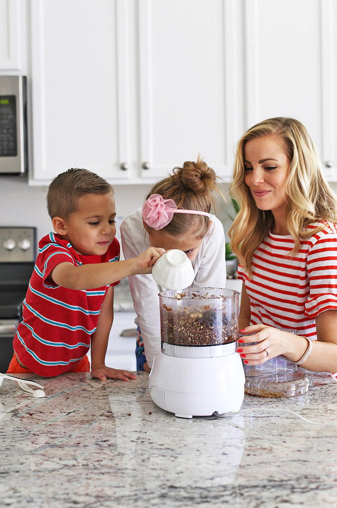 20+ Easy Recipes to Cook with Kids! These are such easy ideas--hard to mess up and kid-approved!
