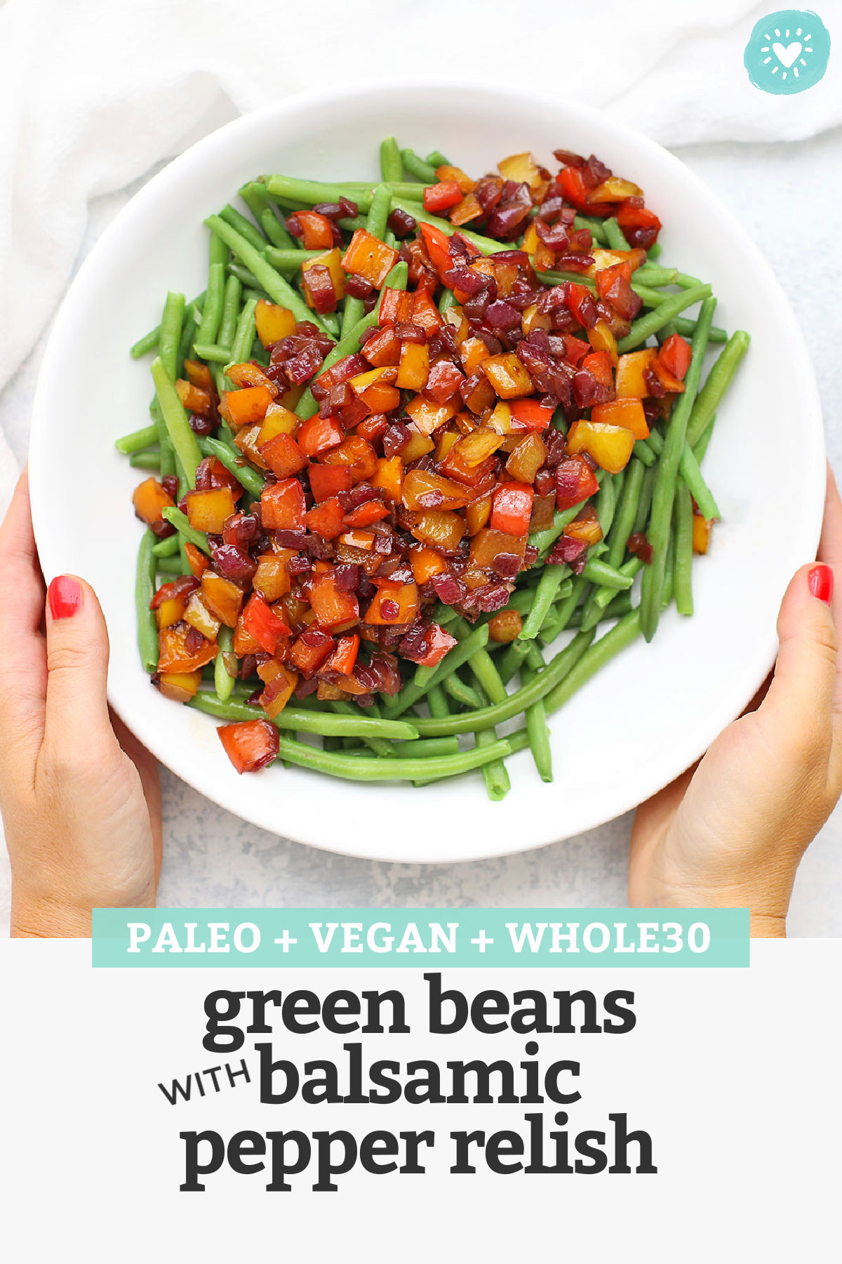 Green Beans with Balsamic Pepper Relish - This bright, beautiful side dish will steal the spotlight at dinner, thanks to the sweet, tangy balsamic bell pepper relish. It's incredible! (Vegan, Paleo & Whole30 approved!) // pepper relish // green beans recipe // balsamic green beans // green beans with bell peppers // gluten free // dairy free // vegetarian