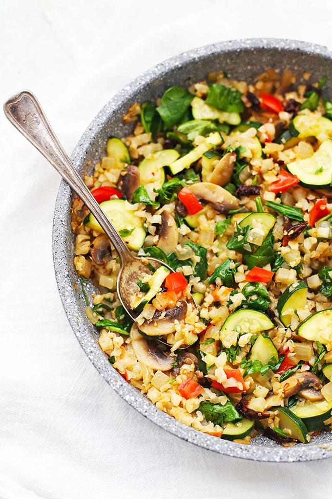 Mediterranean cauliflower rice skillet