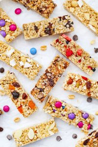 7 Flavors of Homemade Soft Granola Bars from One Lovely Life