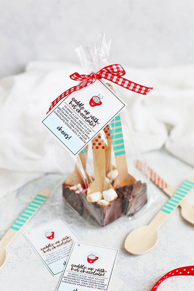 Allergy-Friendly, Paleo, Vegan Hot Chocolate Spoons from One Lovely Life