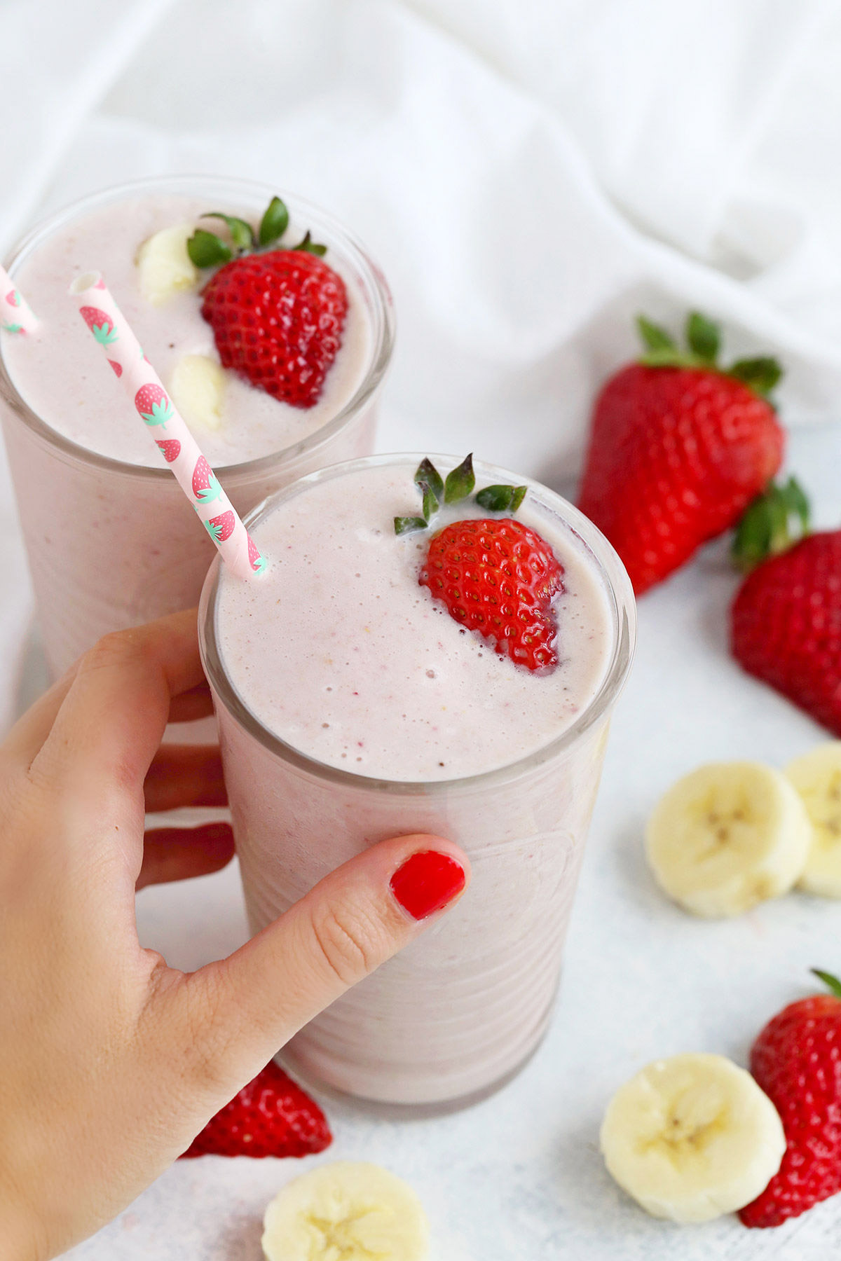 Strawberry Banana Smoothie from One Lovely Life